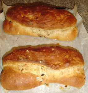 November 21 finished bread 002