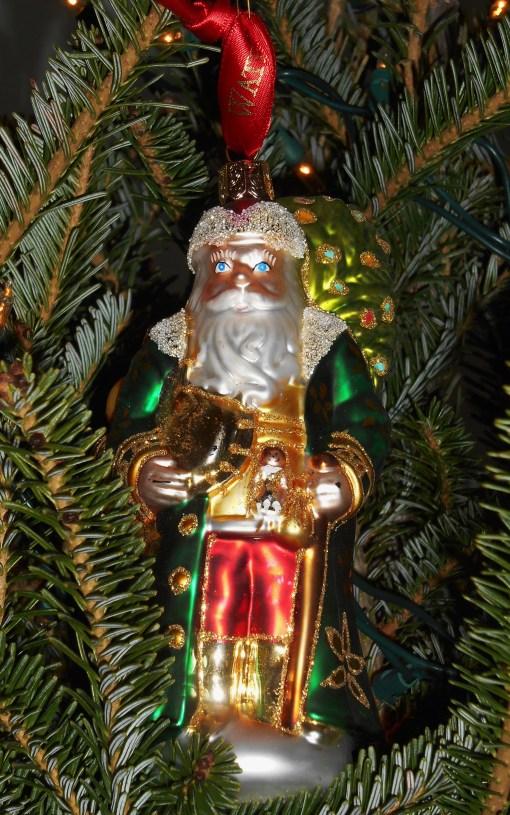 December 22, 2014 Christmas tree 030