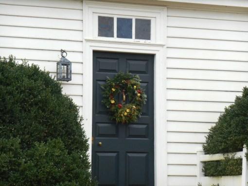 December 3, 2014 CW wreathes 015