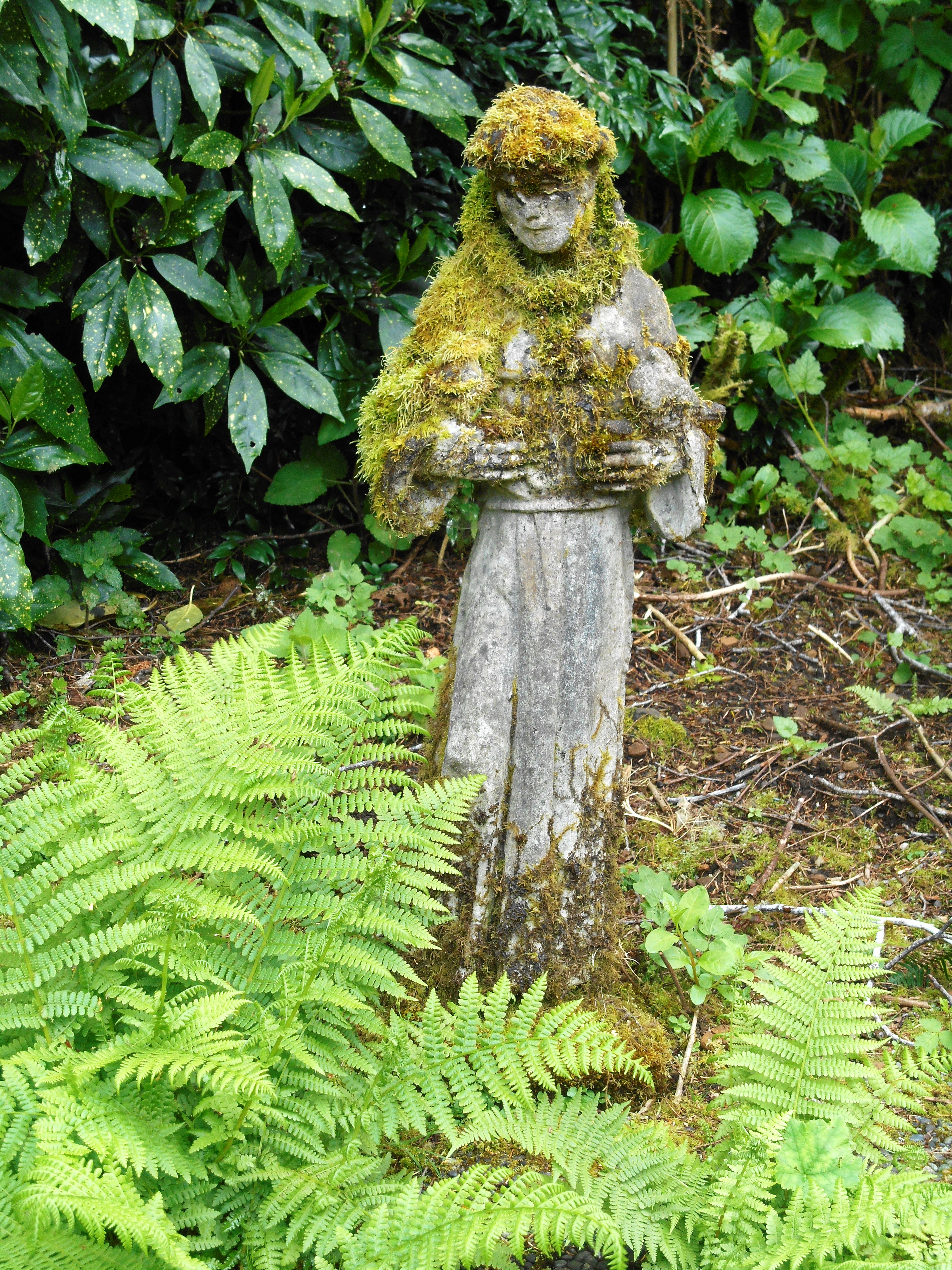 The Mossy Creek Pottery Garden